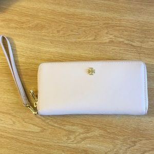 Tory Burch Passport Wallet Wristlet Blush-Leather